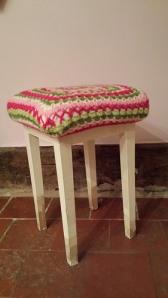 piano stool side