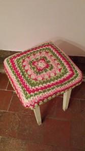 piano stool top